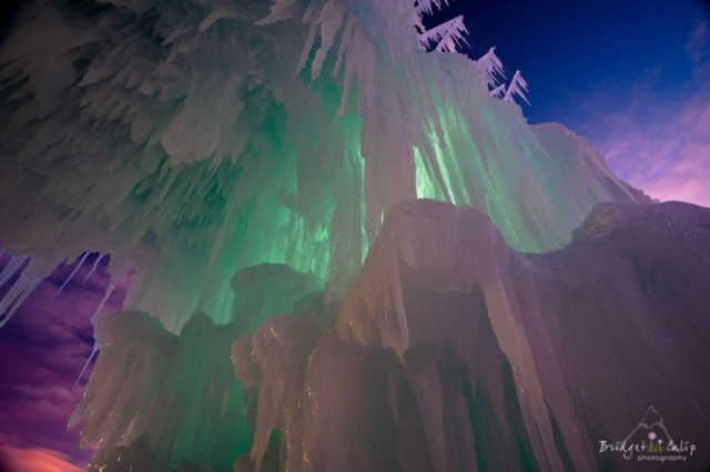 Silverthorne-Ice-Castles-8573-red-1024x682